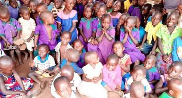 Bivša studentica Sveučilišta u Mostaru, pomaže izgradnji škole u Africi
