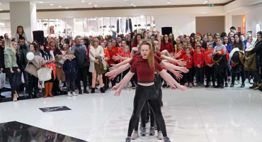 "MOSTAR Plesom obilježena kampanja protiv nasilja ""One billion rising"""