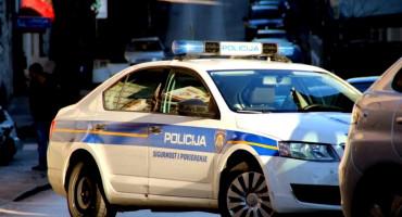 NESVAKIDAŠNJI SLUČAJ U SPLITU Baka organizirala otmicu unuke, pomogla joj policijska službenica
