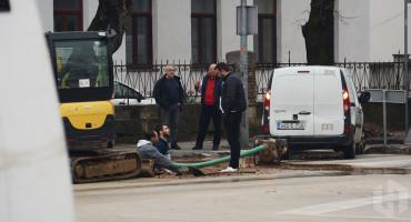 MOSTARCI BEZ VODE Radovi u ulici kralja Zvonimira