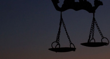 Mostarci optuženi za brutalno premlaćivanje i pljačku migranata