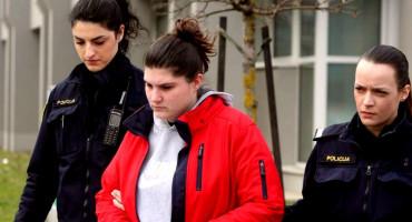 Istražni zatvor djevojci koja je pokušala otrovati muškarca antifrizom
