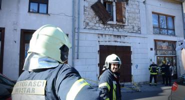 Požar u blizini Uborka, vatrogasci su još uvijek na terenu