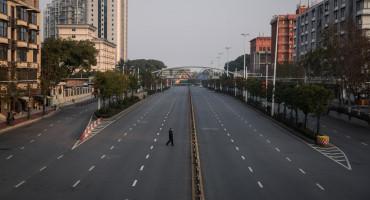 Kako izgleda život u izoliranom Wuhanu: Prazne ulice, prazni frižideri i strah