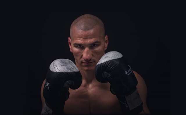 EMIL MARKIĆ OSTAO BEZ WBO TITULE Mostarac u Njemačkoj boksa protiv Mađara Ferenca Alberta