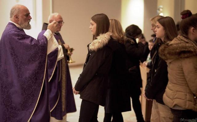 Pater Ike Mandurić na Humcu održava korizmenu duhovnu obnovu