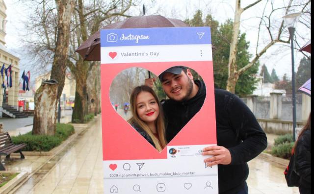 Podijeljene fotografije ljubavi u gradu Mostaru