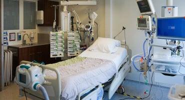 Muškarac koji je umro u vozilu Hitne pomoći bio pozitivan na koronavirus