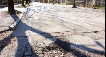 MOSTAR Iz APH upozoravaju na jezera na magistralnoj cesti i loše lokalne prometnice