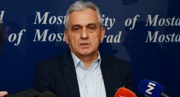 Zapovijedio Ljubo Bešlić: Dezinfekcija, čišćenje i pranje gradskih ulica u Mostaru