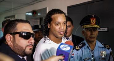 Ronaldhino ponovno uhićen zbog pokušaja ulaska u zemlju s krivotvorenim dokumentima