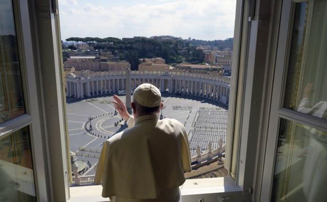 USKRSNE MISE BEZ VJERNIKA Papa će održati obrede sam