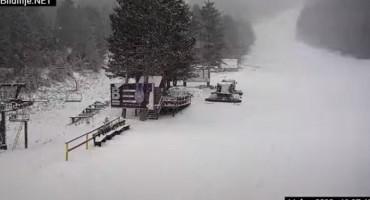 PROLJETNA SNJEŽNA IDILA Snijeg zabijelio Blidinje
