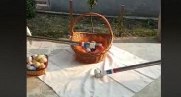 SNAŠLI SE Tucanje jaja u vrijeme korone