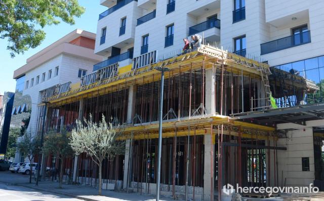 SAD ČEKA Građevinski inspektor dolazio na Hotel Mostar, kaže nije nikog našao, pa se vratio