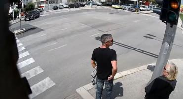 URNEBESAN VIDEO IZ SPLITA Neki Splićani ne slušaju stožer, ali svi slušaju semafor