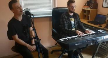NOVI COVER Poslušajte kako je mladi glazbenik iz Rame obradio Bebekovu pjesmu