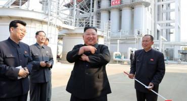 KIM JONG-UN JE ŽIV I ZDRAV Pojavio se na otvorenju tvornice umjetnog gnojiva