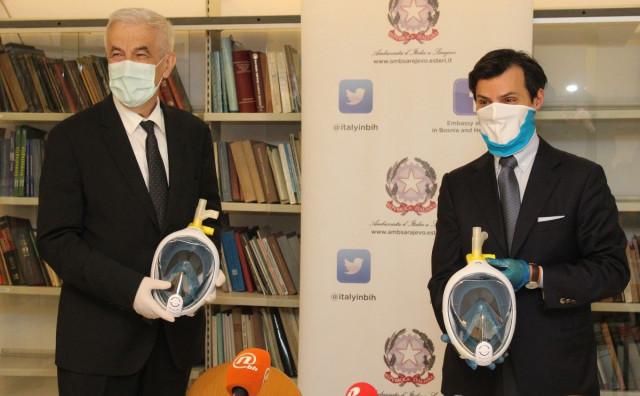 Veleposlanik Italije u BiH uručio vrijednu donaciju za bolnice u BiH