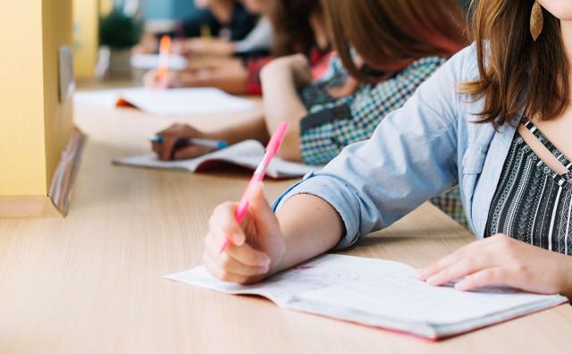 Djevojčica optužila školu da je 'namjestila' učenika generacije, ravnatelj kaže da su to nebuloze