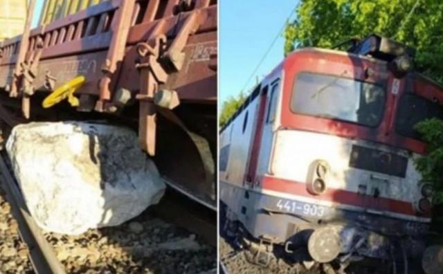 ŽITOMISLIĆI Vlak naletio na odron, dvije osobe ozlijeđene