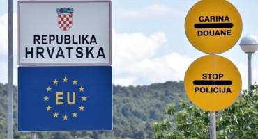 SVJETSKI MEDIJI PIŠU 'Policajac na granici Hrvatske i BiH Afganistanku tjerao da skine majicu'