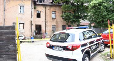 Sarajevski vatrogasci spasili četiri života, bebu hvatali dok ju je otac bacao iz vatre