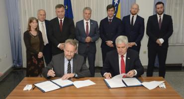"""MARIĆ """"HDZ i SDA su dogovorom pokazali da su oni ti koji su blokirali izbore u Mostaru"""""""