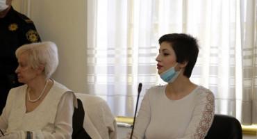 ROMANTIKA IZA REŠETAKA Sunita Hindić želi se udati za zatvorenika koji je nedavno pobjegao iz zatvora