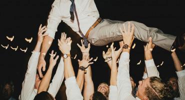 15 NOVOZARAŽENIH U GRUDAMA Novo žarište svadba na kojoj je pjevao Mamić?