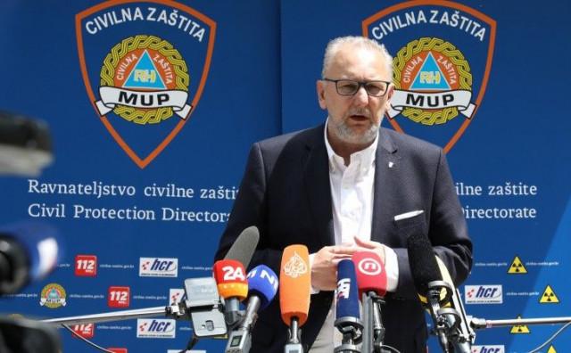 JOŠ DA OTVORE GRANICE Hrvatska donirala 30 tisuća doza cjepiva BiH, Božinović kaže da se nitko ne može boriti sam