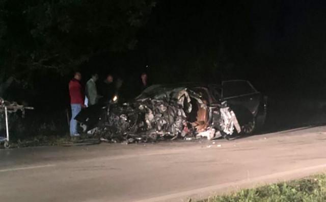 SUDAR Smrskani automobil na cesti Mostar - Široki Brijeg i četvero ozlijeđenih