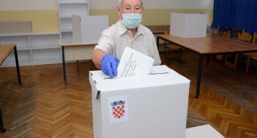 DIP Glasovanje u BiH protiče bez problema