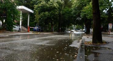 BOLJE DA NIJE PALA Nakon kiše velika sparina u Mostaru