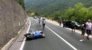MOSTAR-JABLANICA U teškoj prometnoj nesreći poginuo motociklist