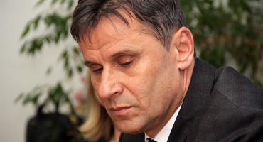 VIRUS Nakon temperature premijer FBiH završio u bolnici
