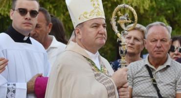 Govor biskupa Palića: Prebirao sam u srcu, zašto baš mene, i zašto baš tamo...