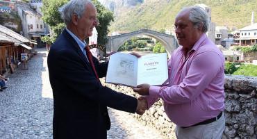 URUČENJE Škot dobio mostarsko priznanje