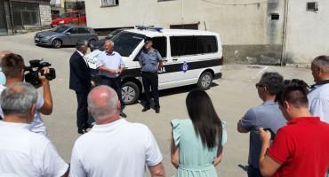 Policija u Prozoru dobila vozilo od 100 tisuća maraka, dogodine i gradnja nove zgrade