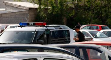 REKETIRALI TRGOVCE - SIPA uhitila šest carinika
