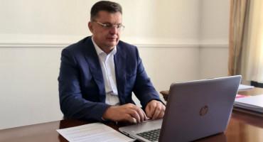 TEGELTIJA U RAZGOVORU: EU spremna pomoći ekonomski oporavak BiH