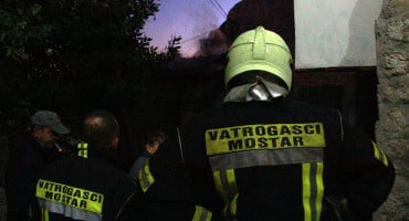 NADOMAK MOSTARA U požaru obiteljske kuće izgorio muškarac