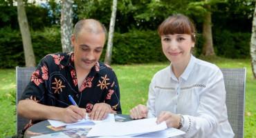 ZOSTER Mostarski bend potpisao ugovor s Croatia Recordsom