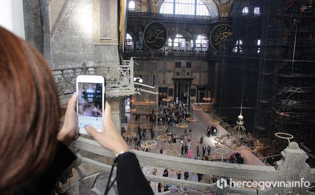 ERDOGAN ODLUČIO Aya Sofia će biti džamija; Stigle reakcije iz svijeta