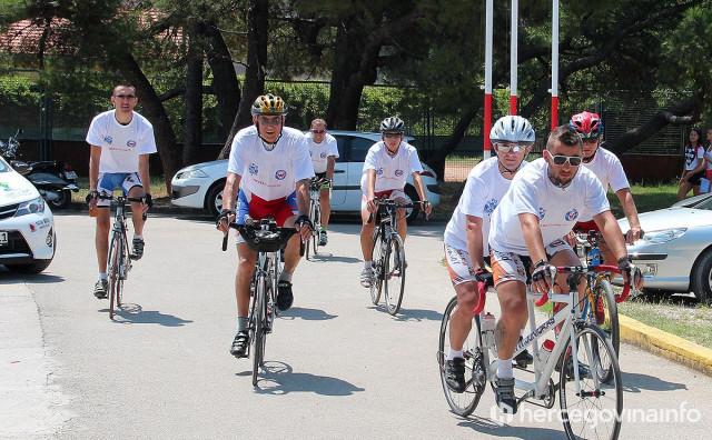 PANDEMIJA Slijepi i slabovidni biciklisti iz Kragujevca neće ove godine doći u Mostar