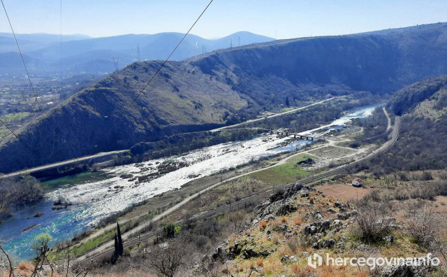 """Izgradnjom 400 malih hidroelektrana svaka bh. rijeka bila bi """"smještena u cijevi"""""""