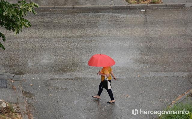 PRIPREMITE KIŠOBRANE Kiša, pljuskovi i grmljavina očekuju se diljem BiH
