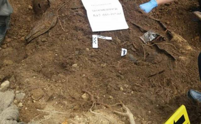 ZAVRŠENA EKSHUMACIJA NA ROSTOVU Pronađena tijela četiri ubijena Hrvata