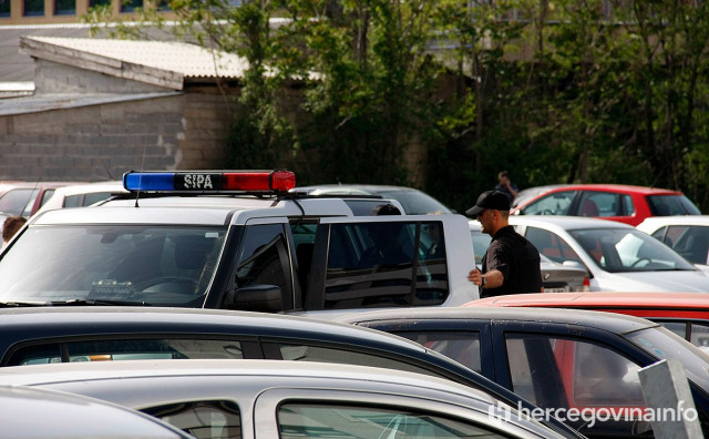 AKCIJA SIPA-e Uhićenja i pretresi zbog oružja i eksploziva