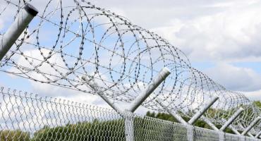 ZBOG MIGRANATA Srbija se žicom ograđuje od Sjeverne Makedonije